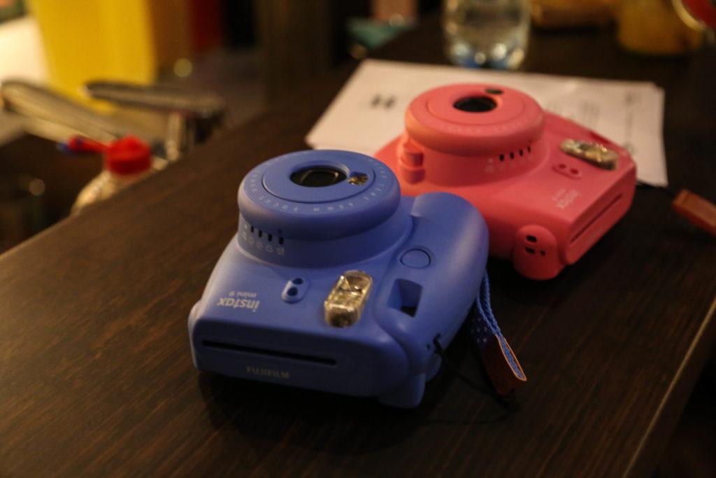 2 Sofortkameras von Instax