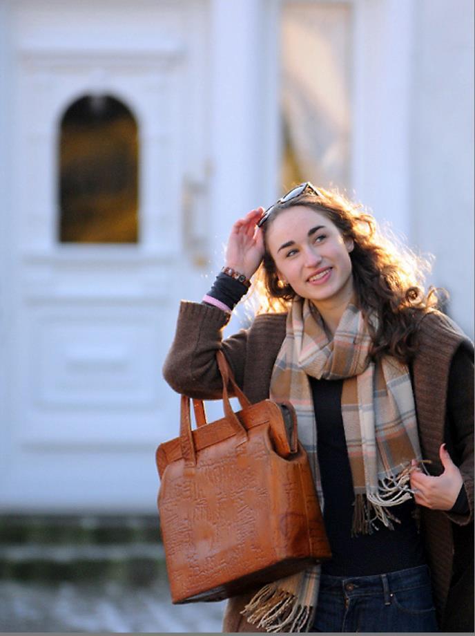 Editorin Liara