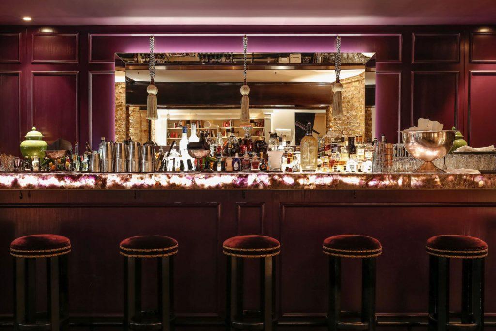 Der Tresen der Grace Bar im Hotel Zoo Berlin