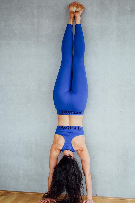 Yogatrainerin Michaela Aue