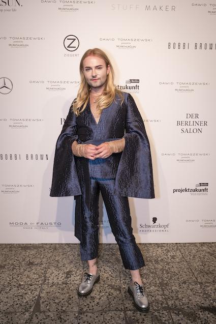Jack Strify zu Gast bei Dawid Tomaszewski Berliner Fashion Week