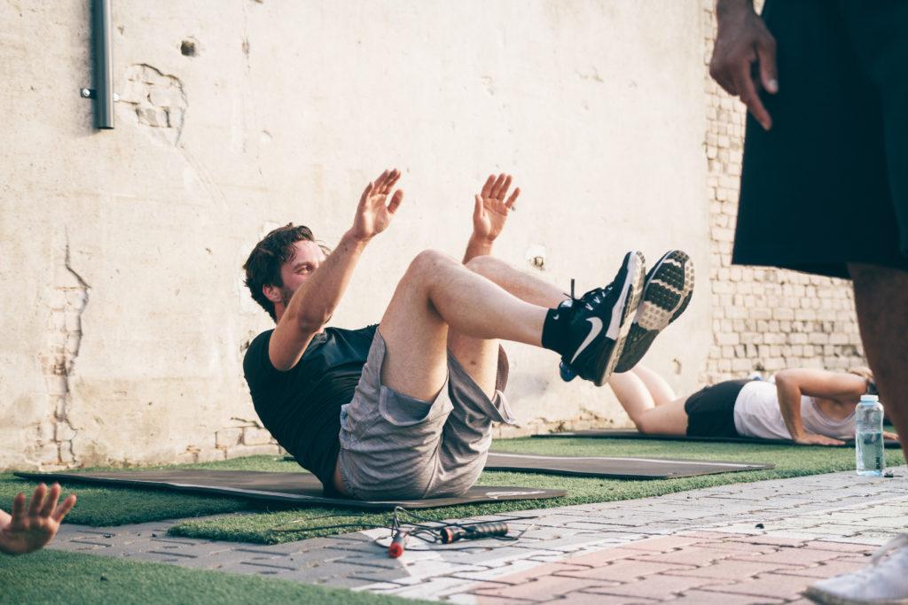 Bauchmuskeltraining bei der 6 Wochen Challenge