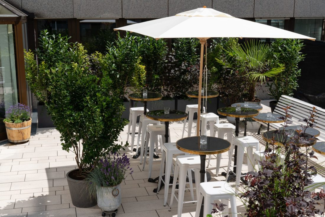 Terrasse des Ruby Coco Hotels Lean Luxury