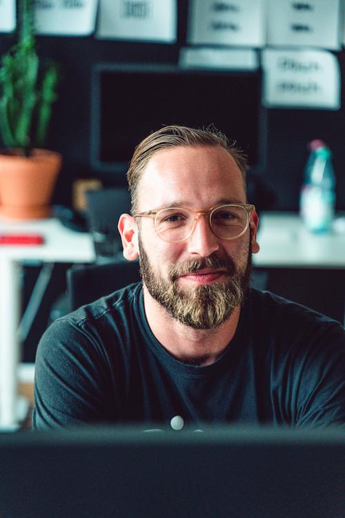 Wunderlist Mitgründer Jan Martin an seinem Arbeitsplatz im Büro seines Start-Ups Pitch