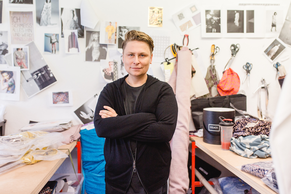 Portrait Mode-Designer Dawid Tomaszewski.