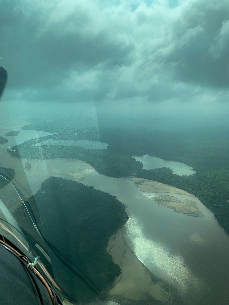 Der Ausblick aus dem Charterflugzeug auf der Safari in Tansania im Selous Game Reservat.