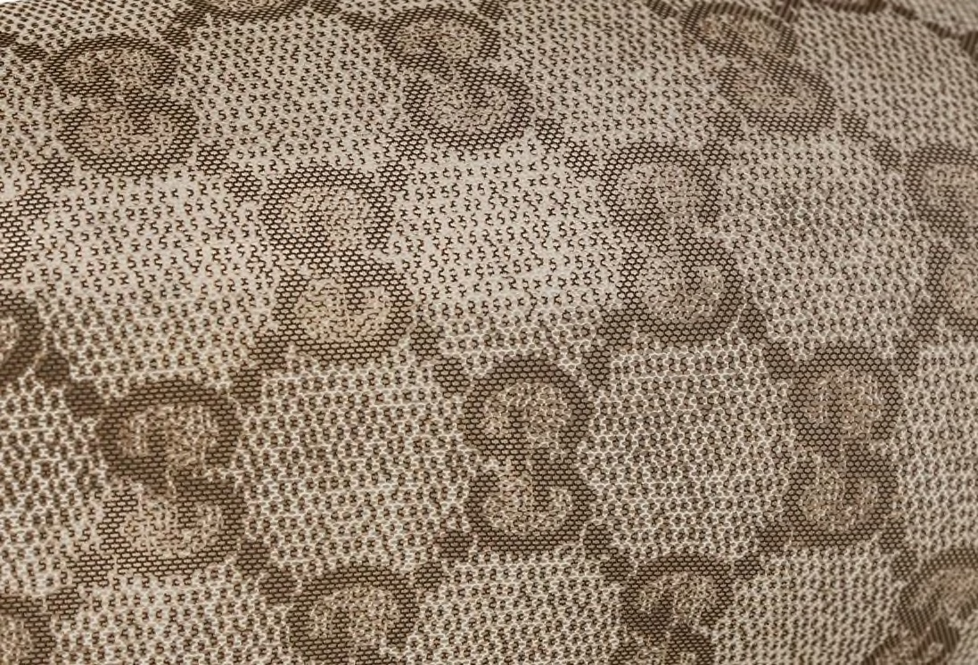 Detailansicht einer Gucci Strumpfhose.