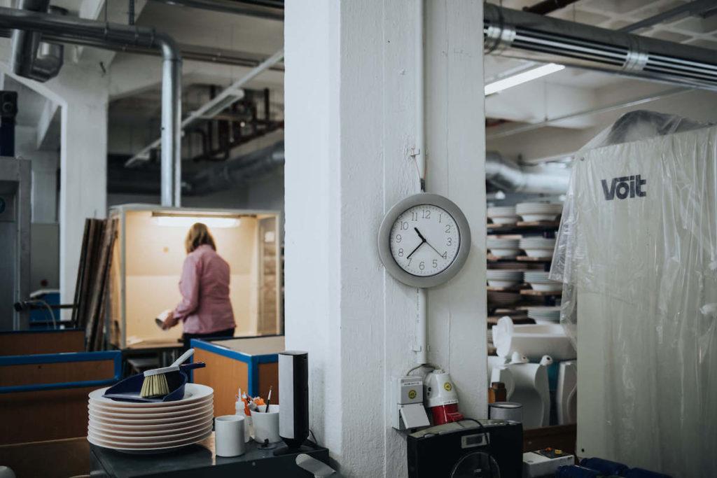 Porzellan Herstellung in der KPM Berlin. Die Königliche Porzellan Manufaktur Berlin.