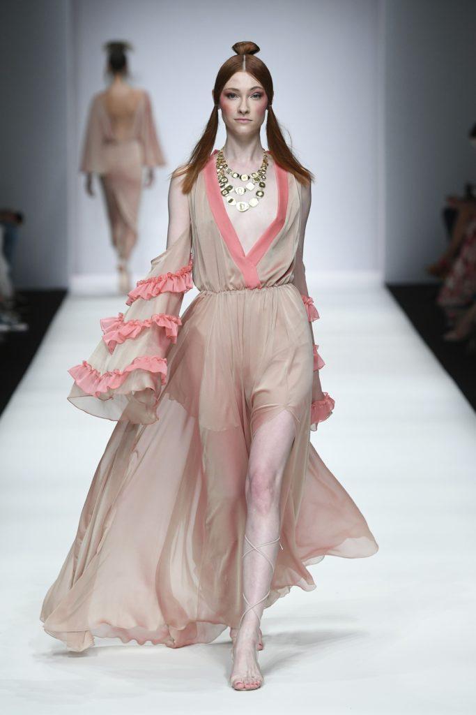 Fashion Week Berlin SS20 Lana Mueller