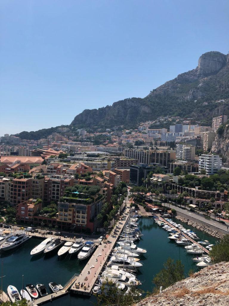 Monaco Ausblick Häuser und Yachten