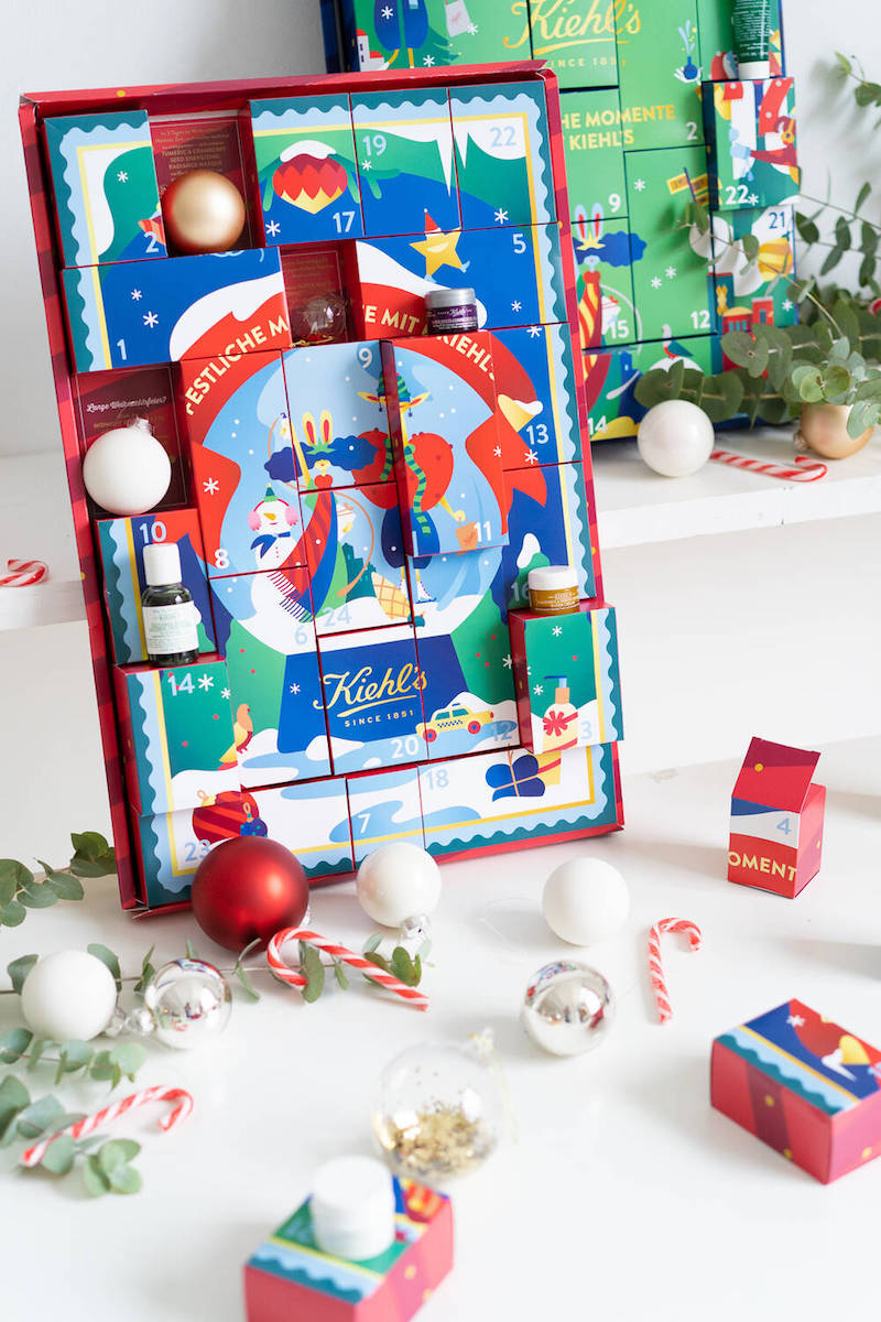 Der Kiehls Frauen Beauty Adventskalender 2019.