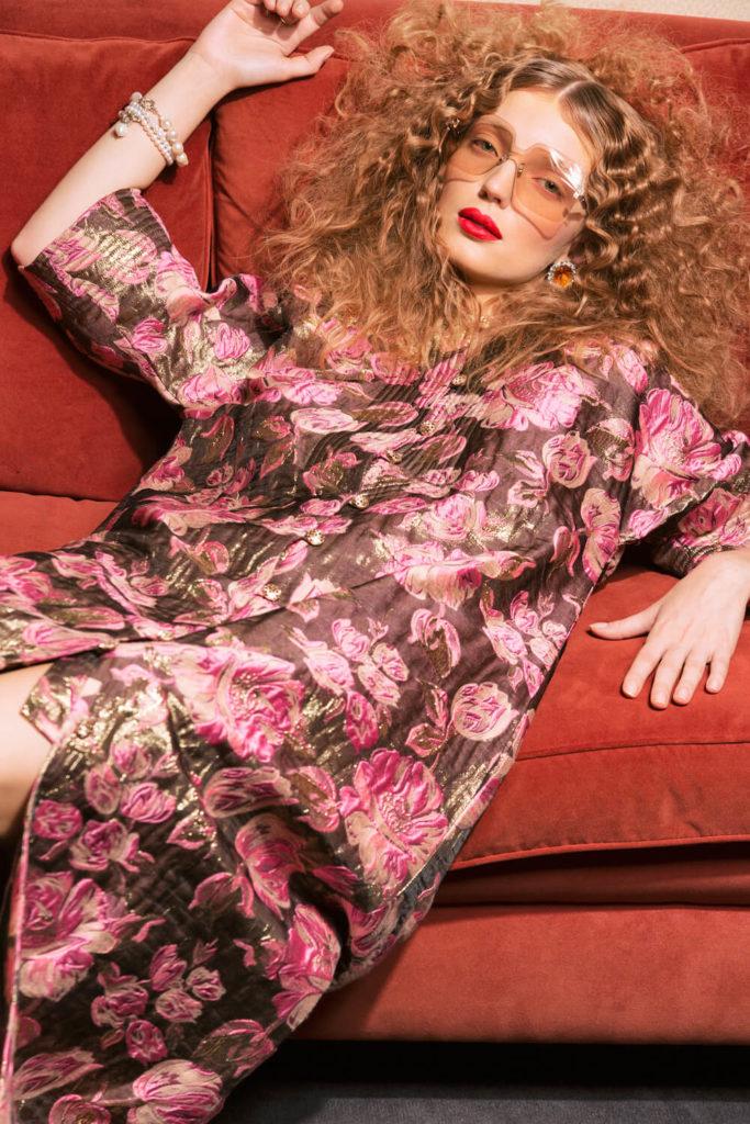 Ein Kleid vom Designer-Duo Svenja und Elianne Frisch vom Modelabel FRSICH: