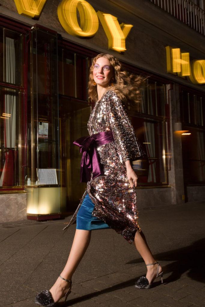 Das Paletten-Kleid vom Modelabel FRISCH. Vom Designer-Duo Svenja und Elianne Frisch.