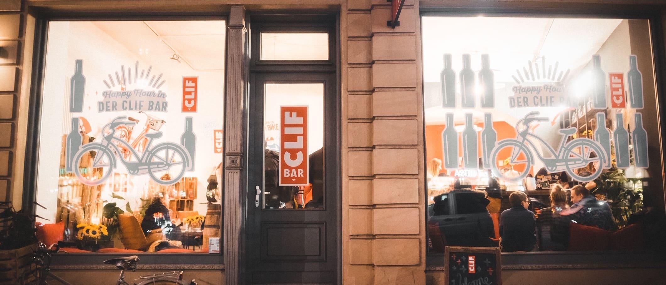 CLIF Bar Pop-up-Store auf der Torstraße in Berlin am 23.01.2020 präsentiert seine gesunden CLIF Bar Energieriegel.