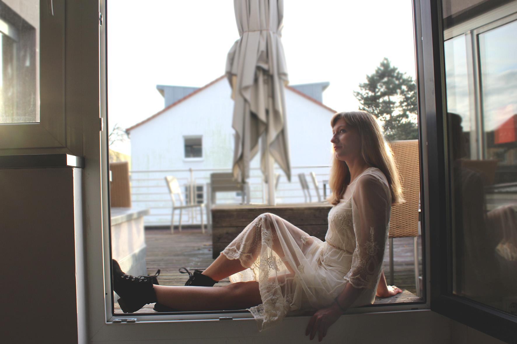 Redakteurin und Modeillustratorin Anne Häfner im Interview bei Overview Magazine