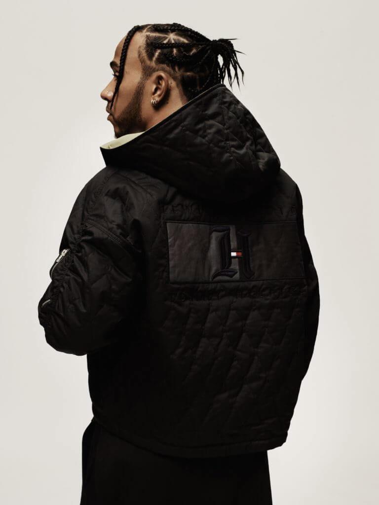 Fashion News mit Kollaboration Tommy Hilfiger und Lewis Hamilton Tommy x Lewis schwarze Jacke