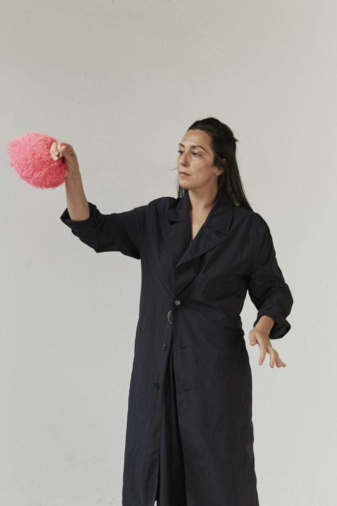 Elisa Duca hat als Künstlerin bei der Ausstellung Memories of Now von arts perspectives mitgemacht.