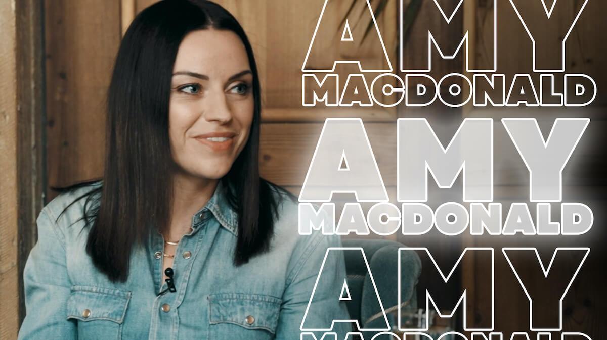 Amy McDonald in einem privaten Interview über ihre Single The Hudson und This is life.